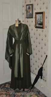 Lizzie Borden House Elizabeth Montgomery dress