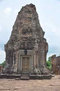 East Mebon towers